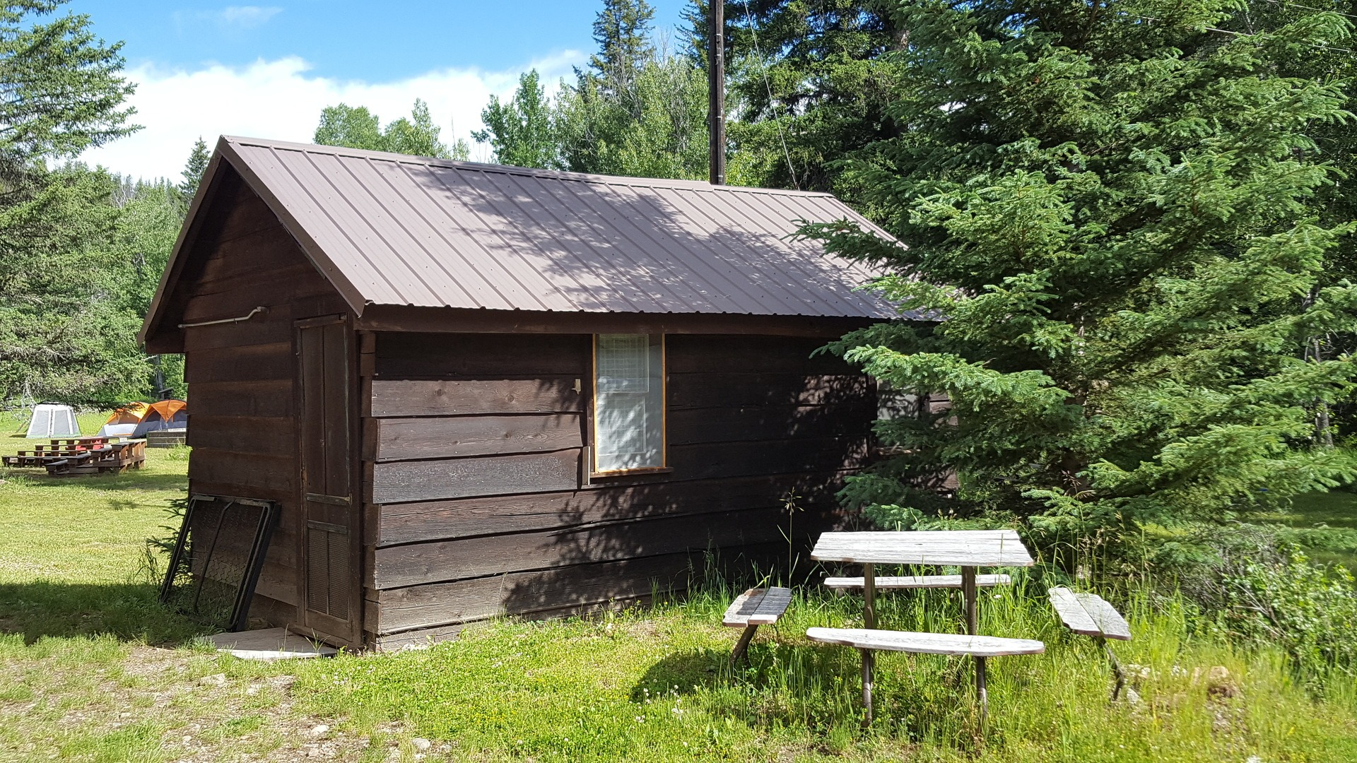 15 -Old Time Cabin