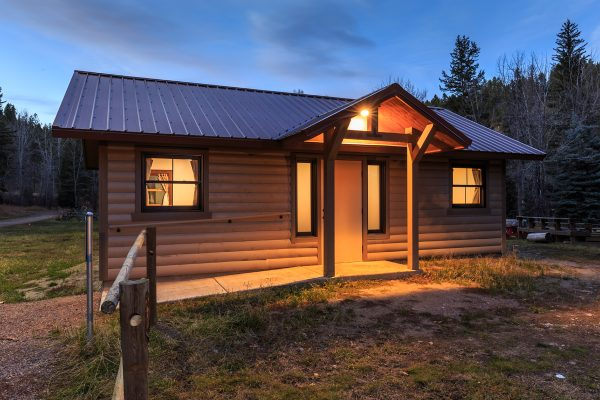 cabins-img
